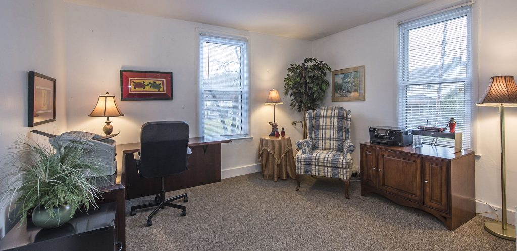 Peace room showing a desk and office chair